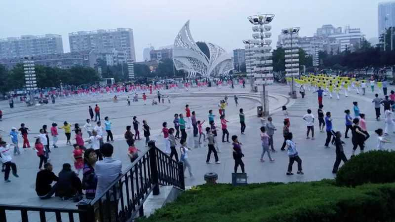 Public Square Dancing In China
